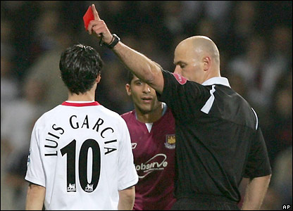 Luis Garcia and Hayden Mullins are sent off