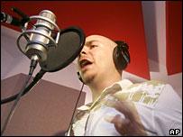 Pitbull recording Nuestro Himno