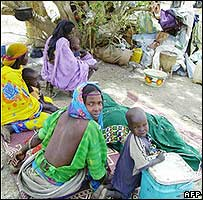 Refugees from Darfur in the Goz Amir camp in Chad