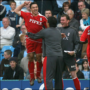 Steed Malbranque celebrates with boss Chris Coleman