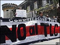 Manifestantes en Costa Rica protestan contra TLC con EE.UU.