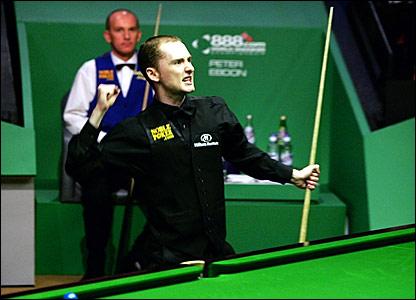 Graeme Dott celebrates winning the World Championship