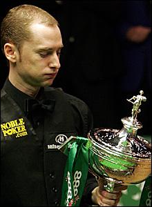 Graeme Dott with the World Championship trophy