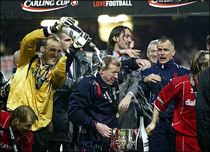 Steve McClaren (centre) is doused in Champagne by keeper Mark Schwarzer after winning the Carling Cup at the Millennium Stadium in Cardiff