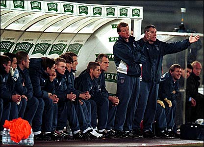 Steve McClaren and Peter Taylor watch England lose 1-0 to Italy in the Stadio del Alpi