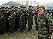 Radovan Karadzic with General Ratko Mladic