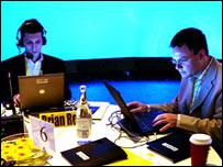 Investigadores analizan blogs en conferencia sobre las comunicaciones