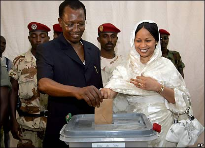 President Deby and his wife casting their ballots