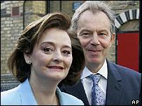 Cherie y Tony Blair