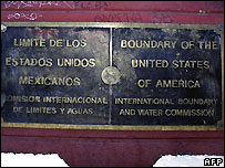 US-Mexico border sign on a bridge in El Paso, Texas