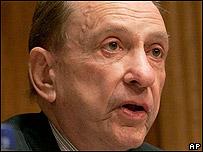 Arlen Specter, senador republicano estadounidense.