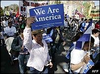 Manifestante inmigrante