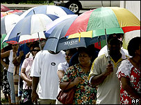 Fijians queue to vote in Suva