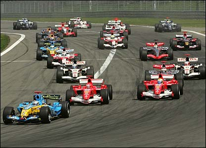 Fernando Alonso leads the pack from the start
