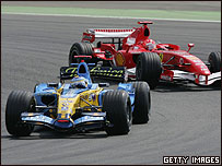Fernando Alonso estuvo sometido a la presi�n de Schumacher.