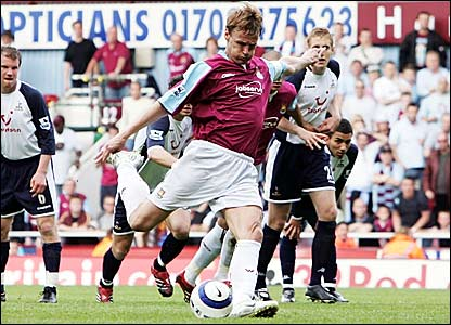 Former Spurs striker Teddy Sheringham's penalty for West Ham is saved