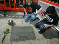 Bon Scott memorial - picture by Paul Reid