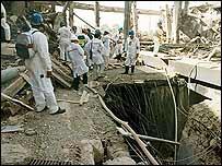 UN inspectors visit unidentified ruined Iraqi nuclear facility in the 1990s (image: IAEA)