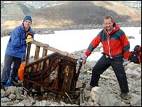 Volunteers Paul Nelson and Andrew Hunter with piano on Ben Nevis
