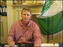 Geoff Gardner, Norfolk Island's chief minister