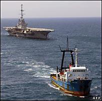 El Clemenceau regresa al puerto francés de Brest