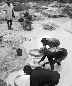 Men working at a diamond mine near Kamakwie in northern Sierra Leone, sent in by BBC News website reader Kelly Jones