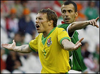 Wales striker Craig Bellamy and Basque Country player Patxi Punal