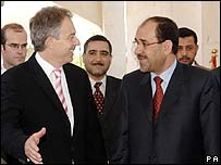 British PM Tony Blair (l) meets Iraqi PM Nouri Maliki (r)