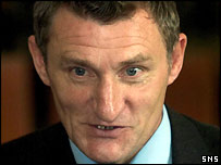 Hibs manager Tony Mowbray