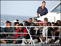 Immigrants picked up by Italian coastguard