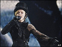 Madonna in concert, 21 May 2006