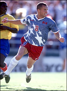 USA star Ernie Stewart in action during USA '94