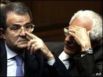 Vincenzo Visco, right, with Prime Minister Romano Prodi