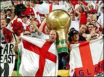 England fans in Japan 2002