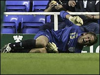 Injured keeper Robert Green