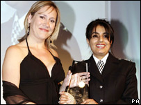 Sophie Raworth, presenter of the One O'Clock News on BBC One, gave Ch Insp Sandhu her award