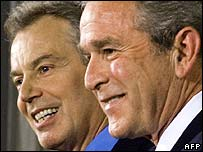Tony Blair (l) and George W Bush