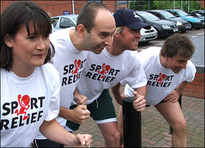 BBC Radio Nottingham's Karl Cooper and BBC East Midlands Today's Angela Rafferty take on John Inverdale and NCCC's Graeme Swann as they practice for the Sport Relief mile