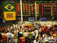 Brazilian traders in Sao Paulo