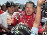 Hugo Chavez (R) with Evo Morales in Bolivia