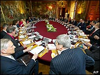 EU foreign ministers meet in Austria