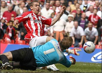 Steven Gillespie is denied a goal