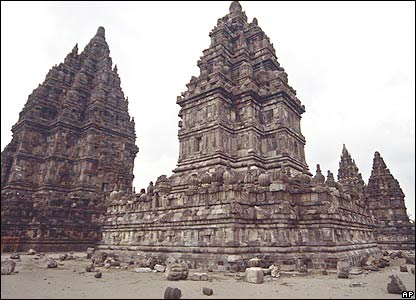 Pieces of destroyed columns are seen scattered at a damaged Hindu temple in Prambanan, Yogyakarta, Indonesia, Sunday, May 28, 2006.