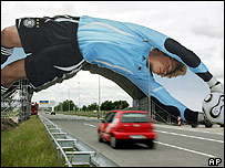 Advertising banner across dual carriageway