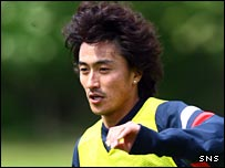 Ahn Jung-hwan in training in Scotland
