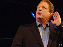 Al Gore on the Hay Festival stage 