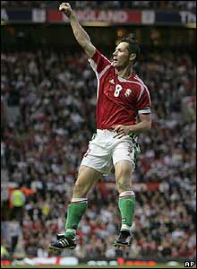 Pal Dardai celebrates after scoring for Hungary
