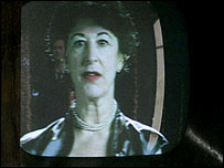 Maureen Lipman as the alien in the 1953 TV