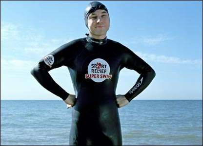 David Walliams is going to attempt to swim the channel to raise cash for Sport Relief - what a legend!