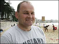 England coach Andy Robinson pictured on Manly beach in Sydney